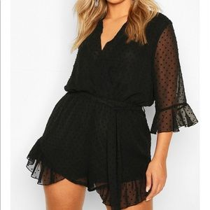 Size 16 Black boohoo romper NEVER WORN